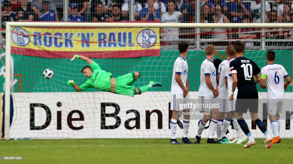 FC Schalke 04 U19 v Hertha BSC U19 - German A Juniors Championship Final