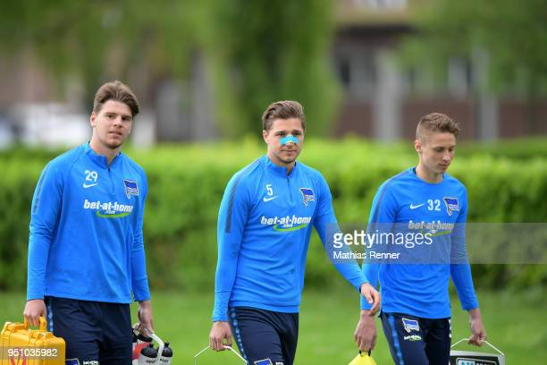 Florian Baak Niklas Stark and Palko Dardai of Hertha BSC during training at the Schenkendorfplatz on April 25 2018 in Berlin Germany