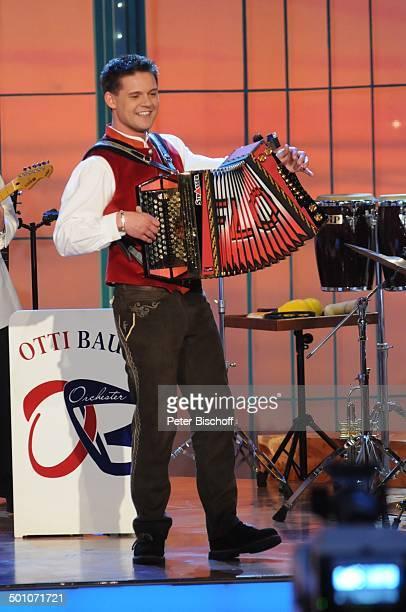 Florian Fesl ZDFMusikshow GrandPrix der Volksmusik Deutscher Vorentscheid München Deuschland Europa Bavaria Studios Geiselgasteig Auftritt Bühne...