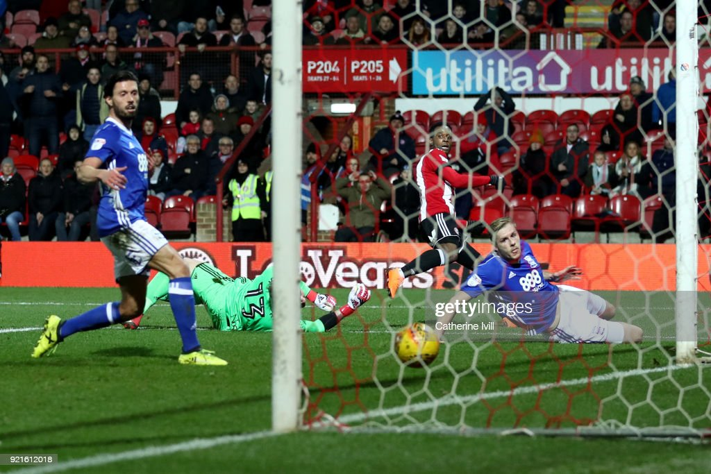 Florian Jozefzoon of Brentford scores his sides second goal during the Sky Bet Championship match between Brentford and Birmingham City at Griffin Park on February 20, 2018 in Brentford, England.