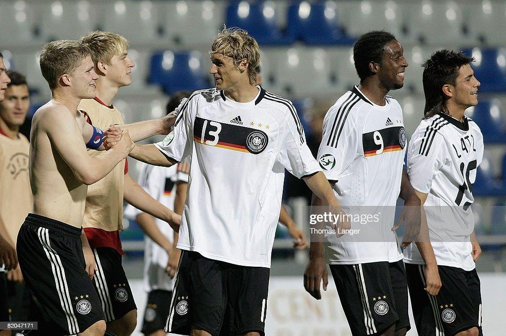 Czech Republic v Germany - UEFA European U19 Championship : Foto jornalística