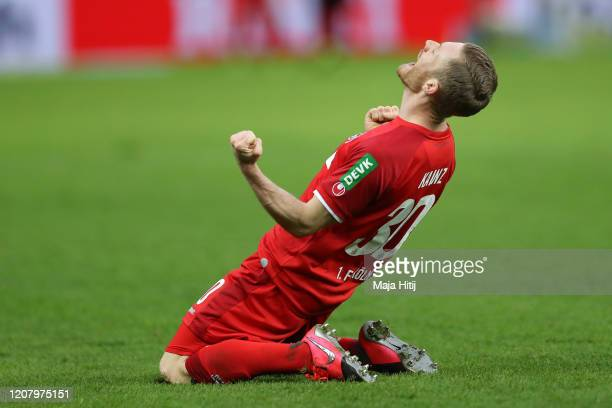 Florian Kainz of 1. FC Koeln celebrates after scoring his team's fourth goal during the Bundesliga match between Hertha BSC and 1. FC Koeln at...