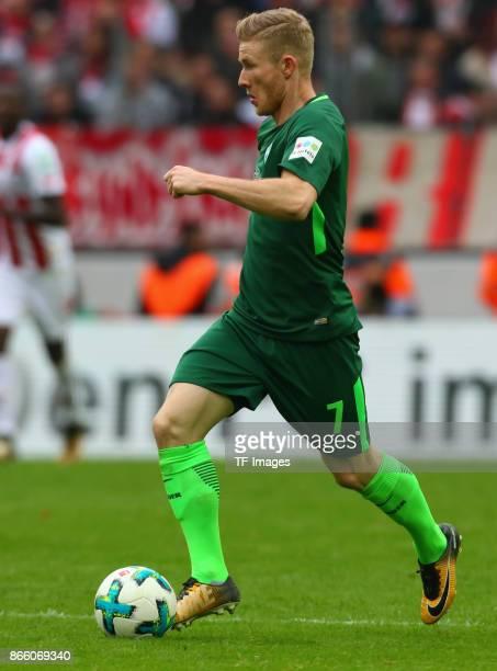 Florian Kainz of Bremen controls the ball during the Bundesliga match between 1 FC Koeln and SV Werder Bremen held at RheinEnergieStadion on October...