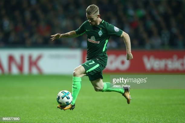 Florian Kainz of Bremen controls the ball during the DFB Cup match between Werder Bremen and 1899 Hoffenheim at Weserstadion on October 25 2017 in...