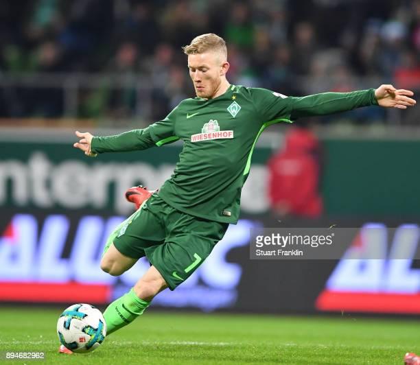 Florian Kainz of Bremen in action during the Bundesliga match between SV Werder Bremen and 1 FSV Mainz 05 at Weserstadion on December 16 2017 in...