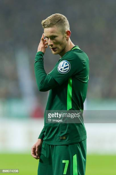 Florian Kainz of Bremen looks on during the DFB Cup match between Werder Bremen and SC Freiburg at Weserstadion on December 20 2017 in Bremen Germany