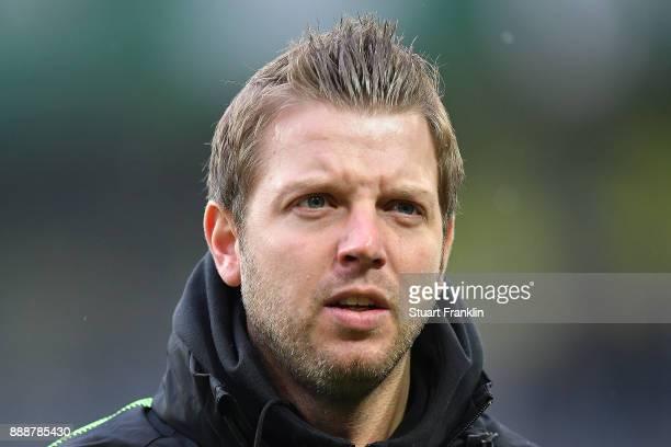 Florian Kohfeldt head coach of Bremen before the Bundesliga match between Borussia Dortmund and SV Werder Bremen at Signal Iduna Park on December 9...