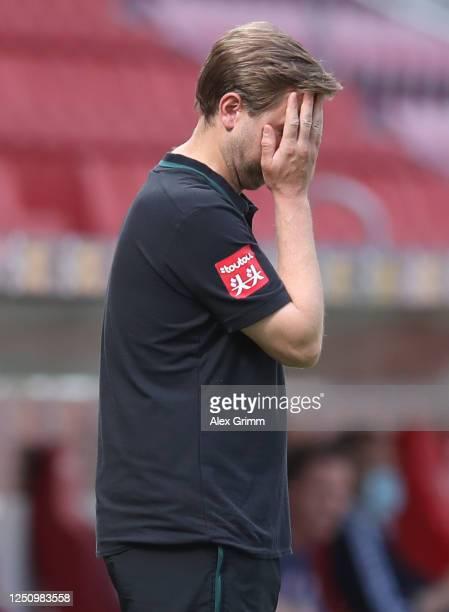 Florian Kohfeldt, head coach of Bremen looks dejected during the Bundesliga match between 1. FSV Mainz 05 and SV Werder Bremen at Opel Arena on June...