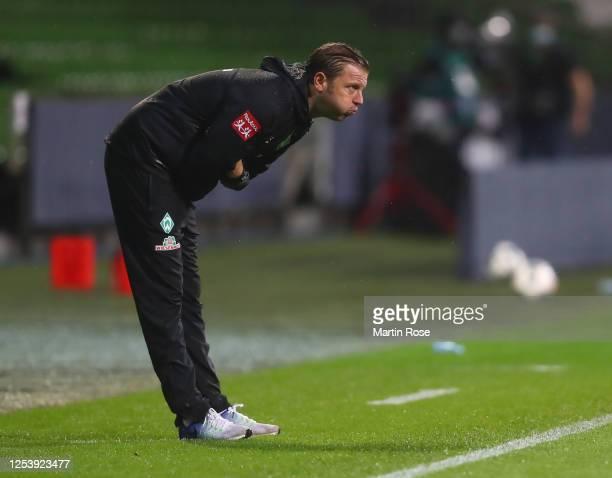 Florian Kohfeldt, head coach of Bremen reacts during the Bundesliga playoff first leg match between Werder Bremen and 1. FC Heidenheim at Wohninvest...