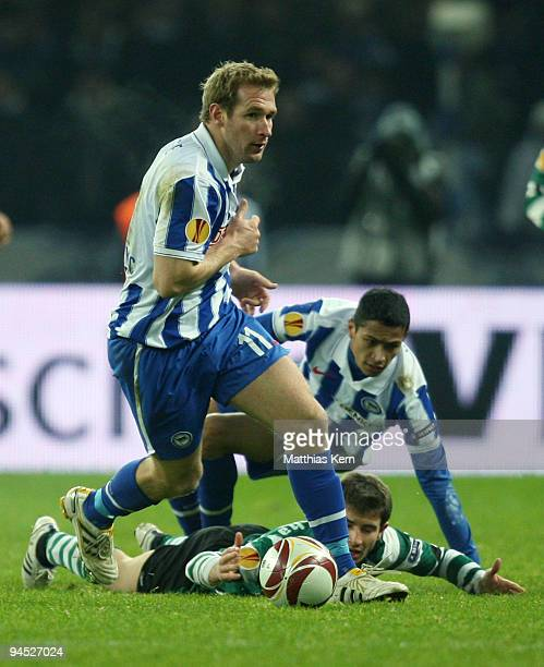 Florian Kringe of Berlin in action during the UEFA Europa League match between Hertha BSC Berlin and Sporting Lissabon at Olympic stadium on December...