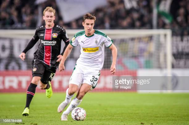 Florian Neuhaus of Borussia Moenchengladbach controls the ball during the DFB Cup match between Borussia Moenchengladbach and Bayer 04 Leverkusen at...