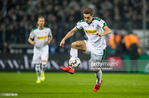 Florian Neuhaus of Borussia Moenchengladbach in action during the Bundesliga match between Borussia Moenchengladbach and FC Bayern Muenchen at...