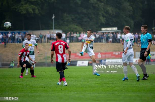 Florian Neuhaus of Borussia Moenchengladbach in action during the preseason friendly match between Borussia Moenchengladbach and Athletic Bilbao at...