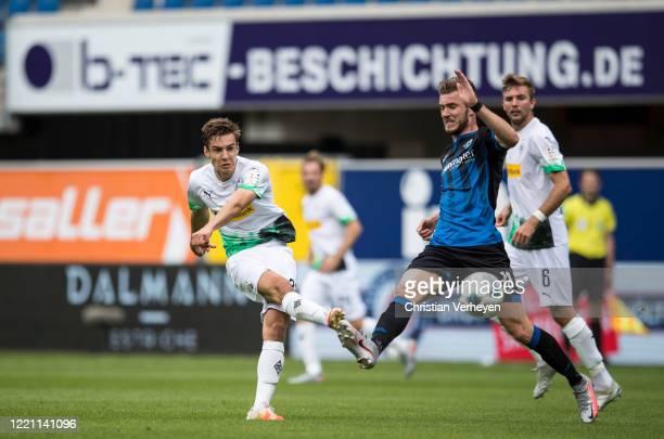 Florian Neuhaus of Borussia Moenchengladbach in action during the Bundesliga match between SC Paderborn and Borussia Moenchengladbach at...
