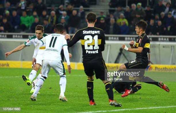 Florian Neuhaus of Borussia Monchengladbach scores his team's second goal during the Bundesliga match between Borussia Moenchengladbach and VfB...