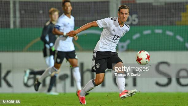 Florian Neuhaus of Germany runs with the ball during the UEFA Euro 2019 Qualifier match between Germany U21 and Kosovo U21 at Osnatel Arena on...
