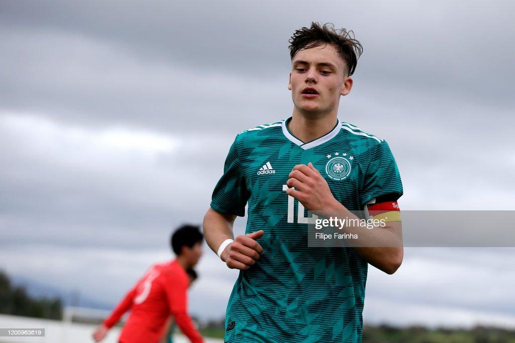 Germany U17 v Republic of Korea U17 - Algarve U17 International Tournament : News Photo