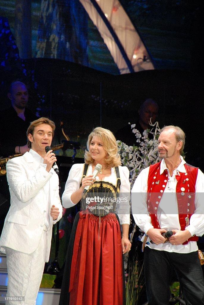 Florian Silbereisen (Moderator), Angela Wiedl, Lebensgefährte Uw : News Photo