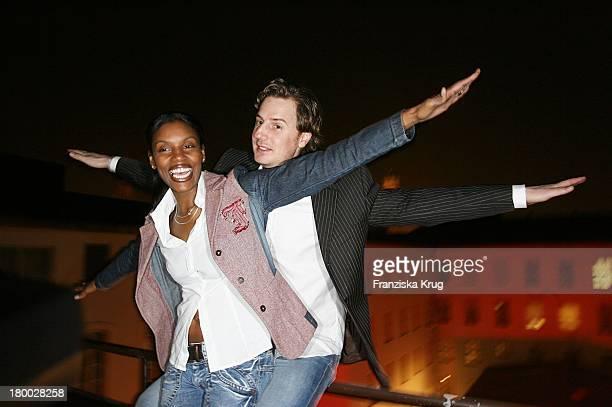 Florian Simbeck Mit Ehefrau Stephanie Bei Dem Ndf Empfang After Work 2007 Im Hotel 8Seasons Am In München 140307