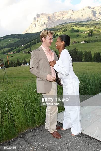 Florian Simbeck Und Ehefrau Stephanie Beim Grossen Grenzverkehr In In Alta Badia Am 160607