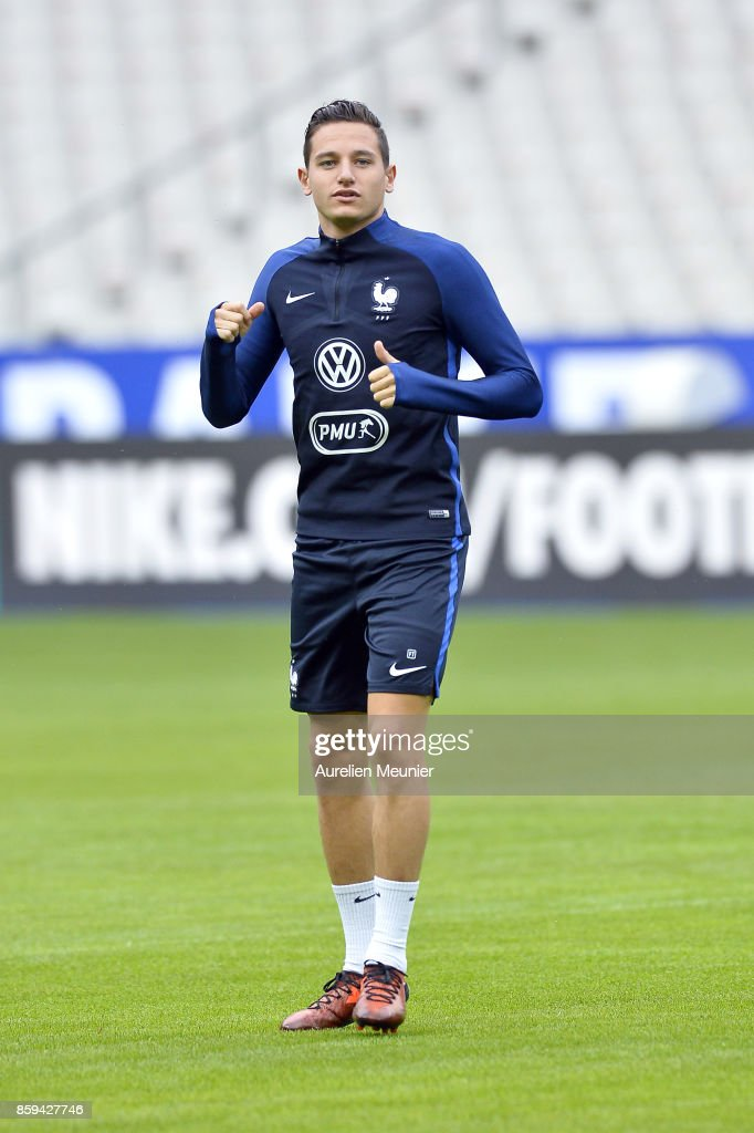 Florian Thauvin of France warms up before a France training session ahead of the France v Belarus - FIFA 2018 World Cup Qualifier at Stade de France on October 9, 2017 in Paris, France.