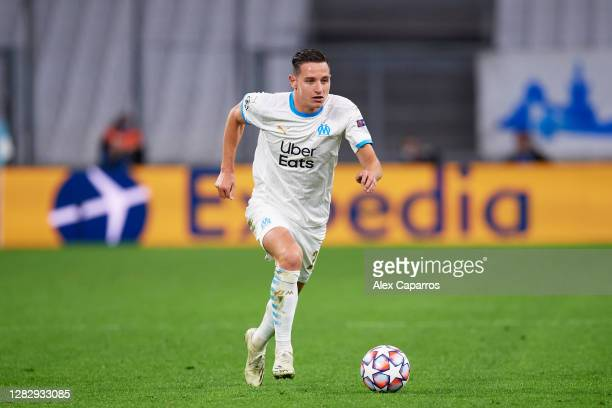 Florian Thauvin of Olympique de Marseille runs with the ball during the UEFA Champions League Group C stage match between Olympique de Marseille and...