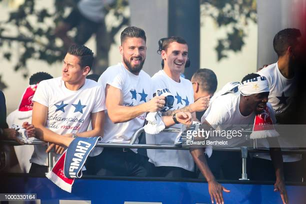 Florian Thauvin Olivier Giroud Antoine Griezmann and Ousmane Dembele professional football players attend the France's World Cup Winning Team Parade...