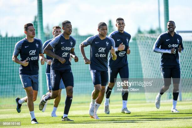Florian Thauvin Presnel Kimpembe Kylian Mbappe Alphonse Areola and Steve Mandanda of France during the France training session on July 2 2018 in...