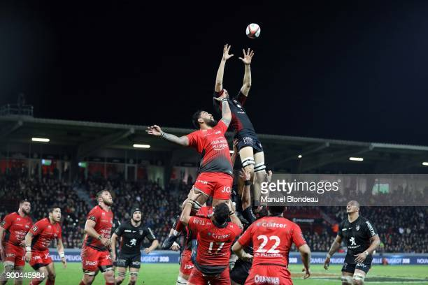Florian Verhaeghe of Toulouse and Romain Taofifenua of Toulon during the Top 14 match between Toulouse and Toulon on December 30 2017 in Toulouse...