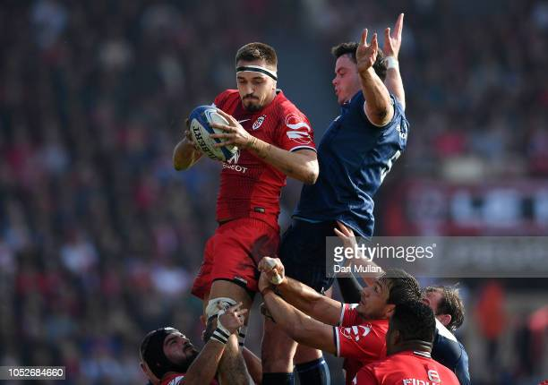 Florian Verhaeghe of Toulouse claims the lineout ahead of James Ryan of Leinster during the Champions Cup match between Toulouse and Leinster Rugby...