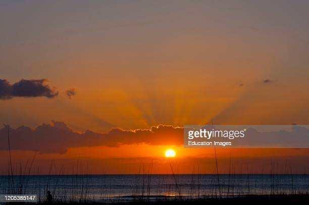 Florida, Crescent Beach, Siesta Key, Sarasota, Seascape, Setting Sun.