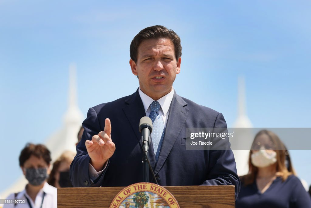 Florida Governor Ron DeSantis Holds News Conference In Miami : News Photo