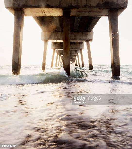 usa, florida, jupiter, pier at sunset - jupiter florida stock pictures, royalty-free photos & images