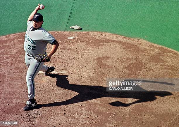 Florida Marlin pitcher Alex Fernandez throws a pitch in the fourth inning against the Toronto Blue Jays at Skydome 30 August The Marlins beat the...