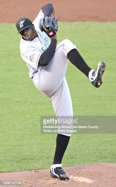 Florida Marlins starting pitcher Dontrelle Willis delivers a pitch during early action against the San Franciso Giants Saturday July 28 at ATT Park...