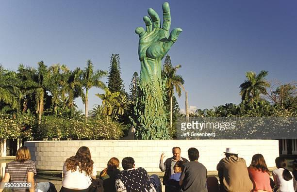 Florida Miami Beach Jewish Holocaust Memorial Guide Talking To Students