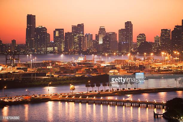 usa, florida, miami, cityscape with coastline - downtown miami stock pictures, royalty-free photos & images