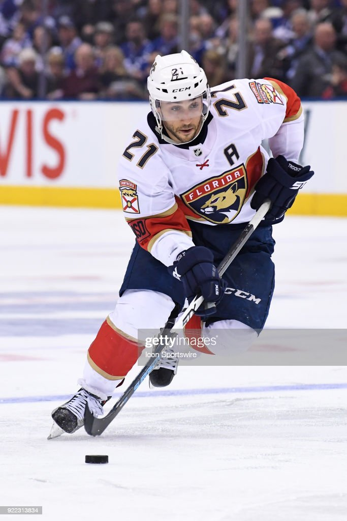Florida Panthers Center Vincent Trocheck (21) moves the puck during the regular season NHL game between The Florida Panthers and Toronto Maple Leafs on February 20, 2018 at Air Canada Centre in Toronto, ON.