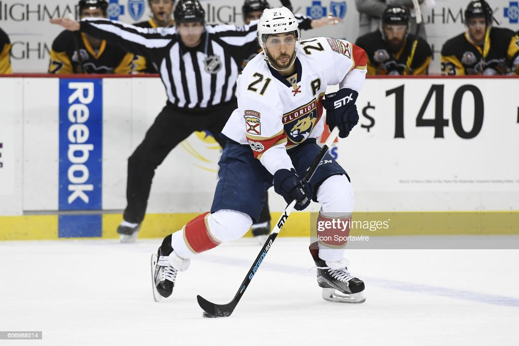Florida Panthers Center Vincent Trocheck (21) skates with the puck during the first period in the NHL game between the Pittsburgh Penguins and the Florida Panthers on March 19, 2017, at PPG Paints Arena in Pittsburgh, PA. The Penguins shutout the Panthers 4-0.