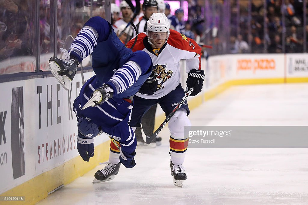 Toronto Maple Leafs play the Florida Panthers : News Photo