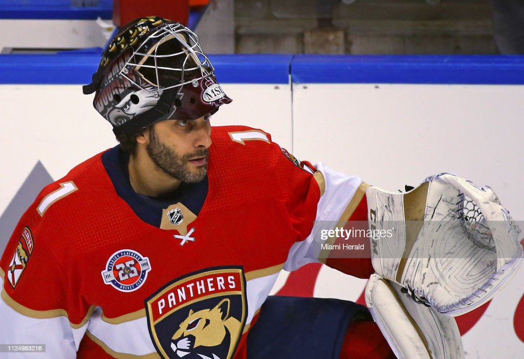 Florida Panthers Goalie Roberto Luongo Wears A Helmet With The