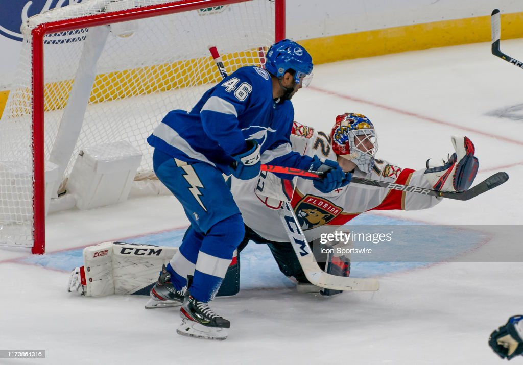 NHL: OCT 03 Panthers at Lightning : News Photo