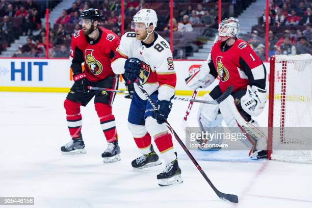 Florida Panthers Left Wing Jamie McGinn sets up next to the Ottawa net during third period National Hockey League action between the Florida Panthers...