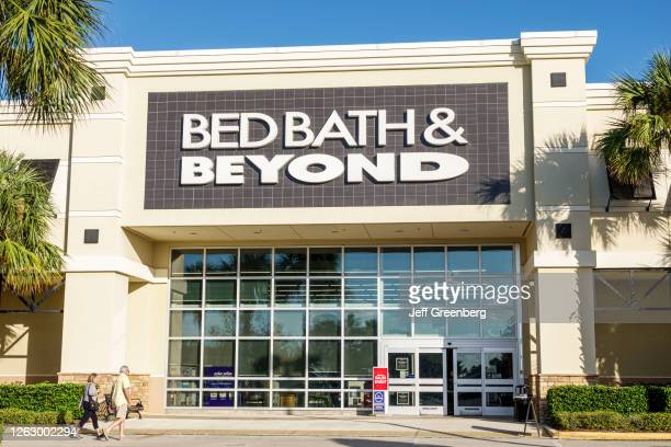 Florida, Port St Lucie, The Landing at Tradition, outdoor mall, Bed Bath & Beyond, home wares store.