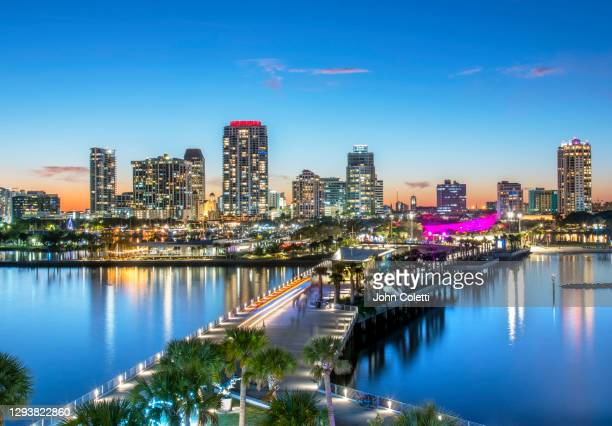 florida, saint petersburg, skyline, tampa bay - st. petersburg florida stock pictures, royalty-free photos & images