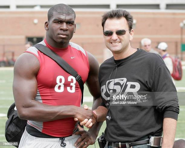 Florida State LB Lawrence Timmons poses with his agent Drew Rosenhaus at NFL Pro Day on March 15, 2007 in Tallahassee, Florida.