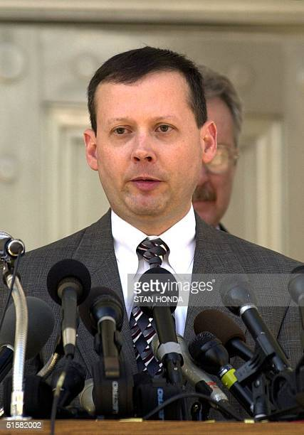 Florida Supreme Court spokesman Craig Waters announces 05 December the court will hear an appeal by the campaign of US Vice President Al Gore 07...