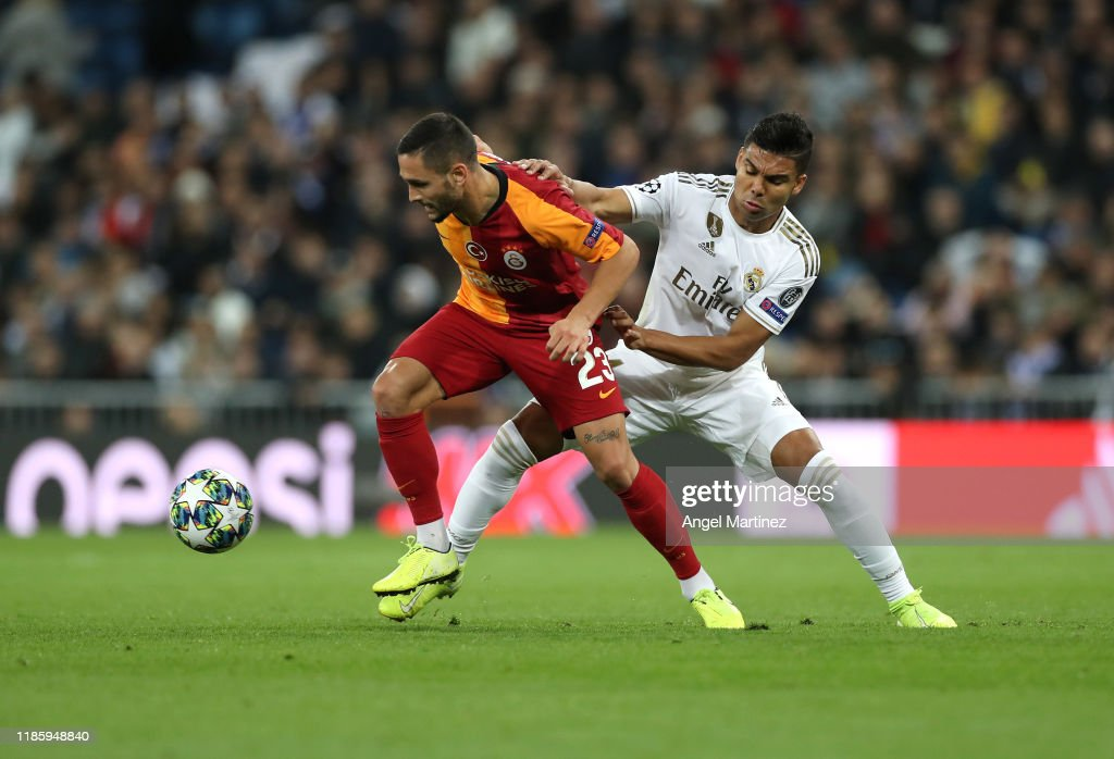 Real Madrid v Galatasaray: Group A - UEFA Champions League : Foto di attualità