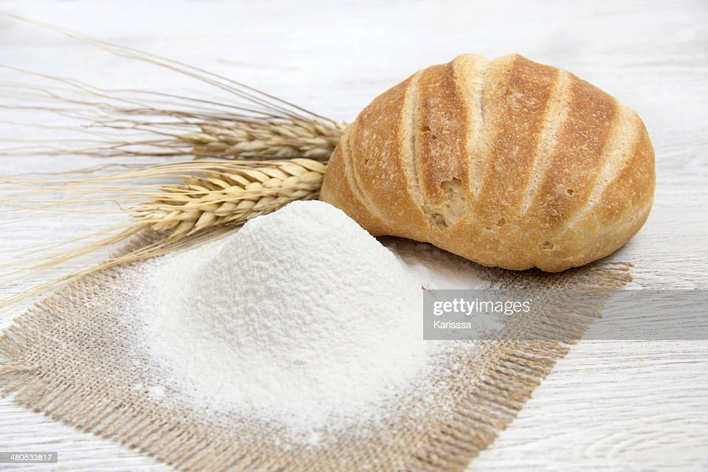 Flour, bread and wheat : Stockfoto