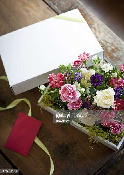 Flower arrangement in a gift box